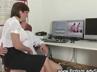 posh brit lady sonia sucks cock