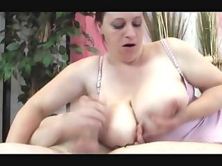 dark brown bbw-milf with huge-boobs in hawt