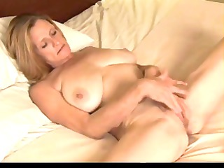 mature plays with her chubby soaked wet crack by