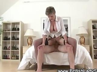 see lady sonia get a cumshot