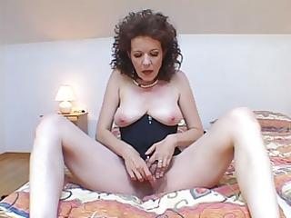 sexy milf gets a creampie #0.eln