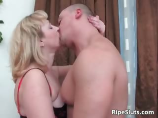 chubby blond mamma in nylons gives part7