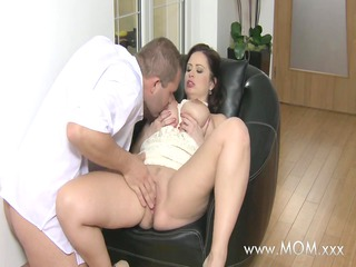 mamma large breasted wife loves schlong