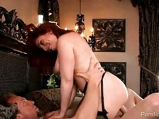 breasty redhead d like to fuck in nylons gets