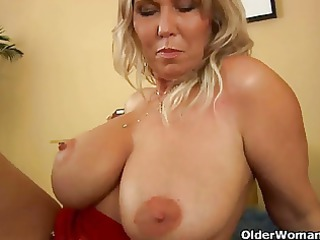 large titted mature mama gives head and gets