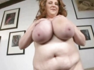 mature bulky doxy around oustanding chest