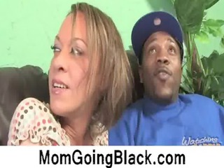 watching my mama go black nya