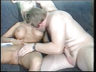 sandra foxx-mature breasty golden-haired 3o4