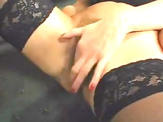 superb unshaved mature squirts whilst fucking