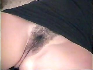 sexy amateur girl shows pussy---home made vid