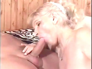hawt granny cougar erin riding and doggy