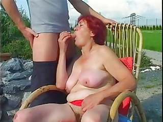 chubby mature redhead screwed outdoors