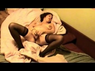 amateur albanian wife cums on camera