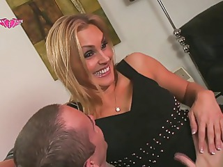 tanya tate gives andy mann blow job on lap