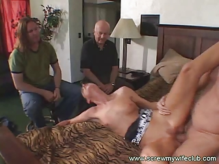 hubby watched her glamorous wife sucked a large