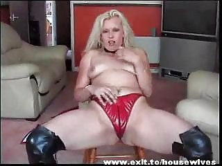 dutch mother widening excellent vagina and arse