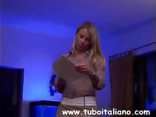 federica tommasi is a mature maiden who mils her