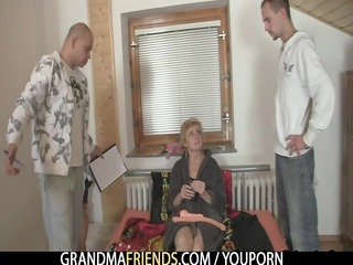 lonely granny gives her slit