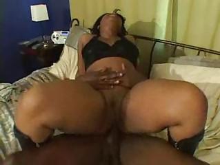 ebony mother i gets fucked inside house by black