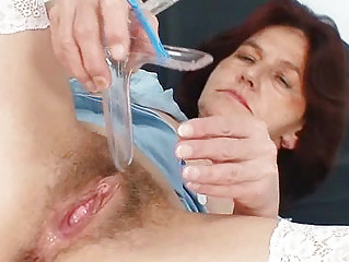 redhead grandma linda unshaved snatch close ups
