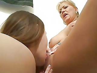 naughty lesbo learns from mature lesbo