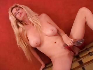 breasty milf can high heels
