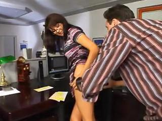 older bonnie in glasses receives anal penetration