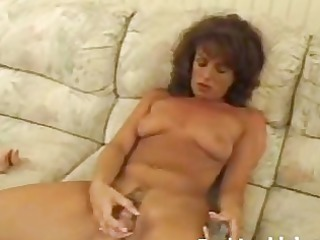 older honey toying unshaved pussy