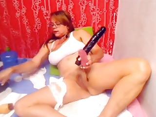 latin babe housewife