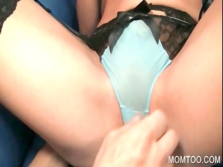mom in underware getting cunt fingered