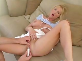 sexy golden-haired milf sucks a lengthy cock and
