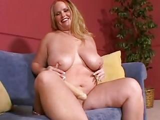 large breasted blonde milf masturbates on the