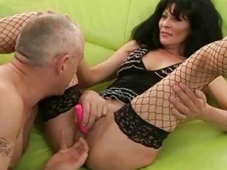 granny in stockings receives her pussy fucked