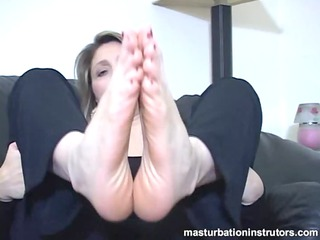 aged sweetheart foot masturbation instructions