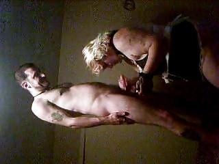 mother i engulfing juvenile guy dick in motel
