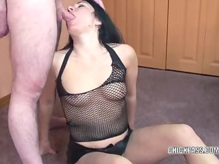 petite wife cleo leroux is swallowing a unbending