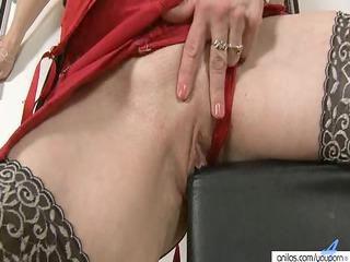 large nippled d like to fuck masturbates and toys