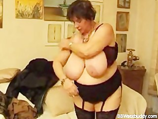 older bbw takes it is in the ass