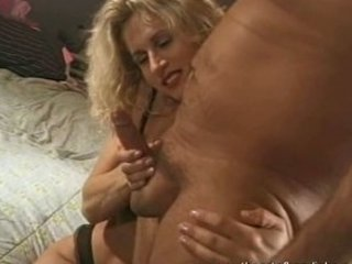 hottest milf did an erotic tugjob