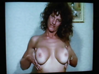 vintage mother i julie masturbates