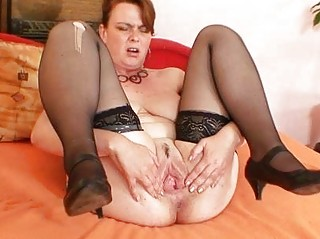 non-professional milf lora with big natural tits