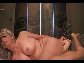 lonely mother i decides to fuck herself