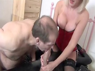 gorgeous blond mother id like to fuck to suck rod