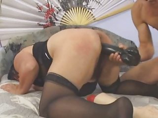 fat mature can large toys and fist fucking