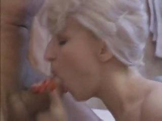 blonde mother i bitch sucks for facial