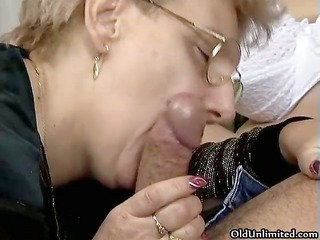 dirty blonde housewife sucks on an hard part6