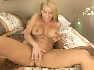 aged mother id like to fuck masturbates and cums