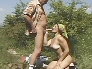 lascivious granny loves to fuck outd...
