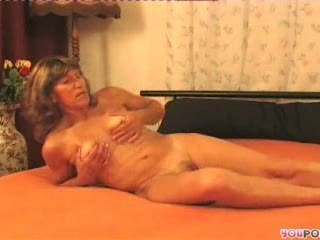 mature old woman 71