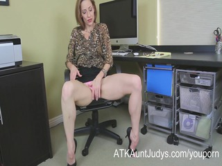 slender milf betty blaze acquires all naughty at